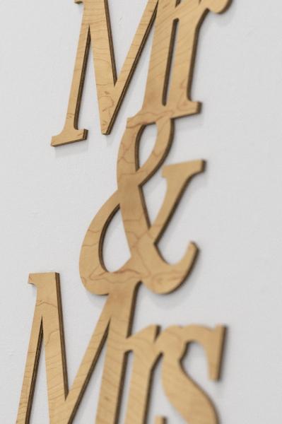 Mr and Mrs na ścianę z drewna