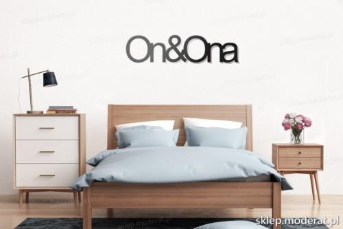 napis na ścianę Ona i on nad łóżkiem