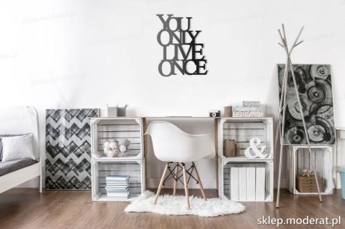napis 3d na pustą ścianę You only live once